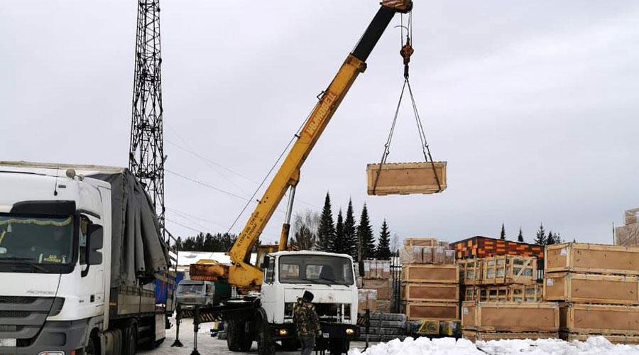 Подрядная организация «Импорт Лифт» закупила и привезла в Полевской оборудование Могилёвского лифтостроительного завода